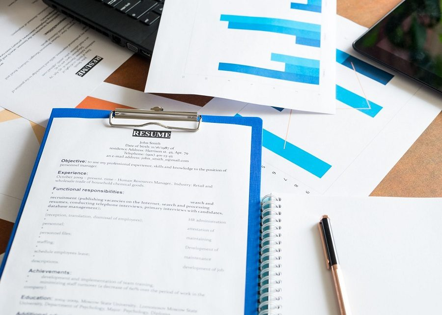 4 Benefits of Getting Professional Resume Writing Service
